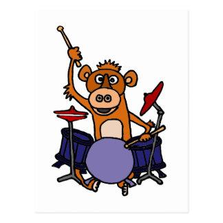 Lustiger Affe, der Trommeln spielt Postkarte