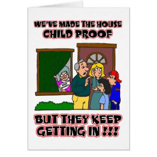 Lustiger Cartoon - Familien u. Kinder, die Zuhause Karte