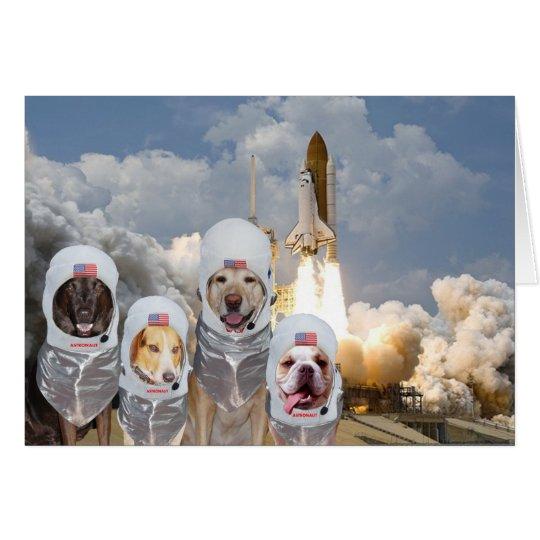 Lustiger kundengerechter Astronaut verfolgt Grußkarte