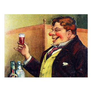 Lustiger Mann, der mit Kognak röstet Postkarte