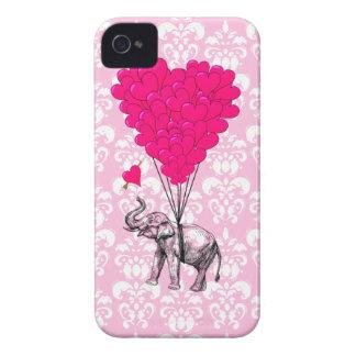 Lustiger niedlicher Elefant u. rosa Damast iPhone 4 Etuis