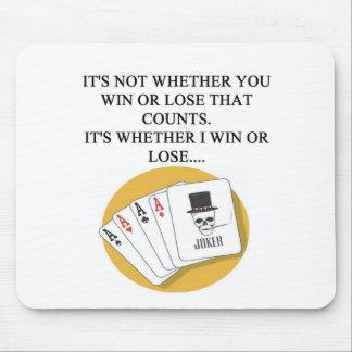 lustiger Pokerbrücken-Kartenspielerentwurf Mauspad