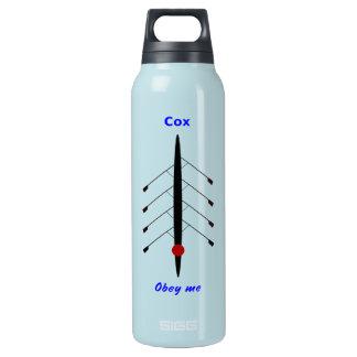Lustiger rudernder verantwortlicher Sport Cox Isolierte Flasche