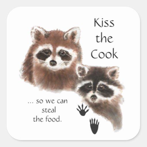 Lustiger Zitat-Kuss die Kochniedlichen Raccoons, T Quadratsticker