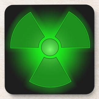 Lustiges grünes glühendes Radioaktivitätssymbol Untersetzer