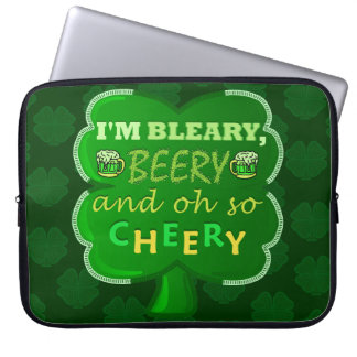 Lustiges Heiligen Patrick Tagesbier Laptop Sleeve
