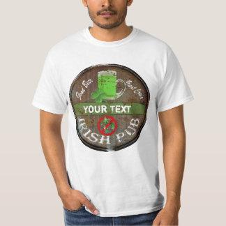 Lustiges personalisiertes irisches Pubzeichen T-Shirt