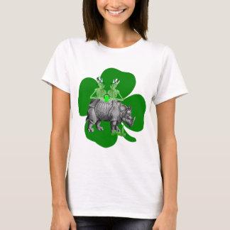 Lustiges trinkendes Team irisches St. Patricks T-Shirt