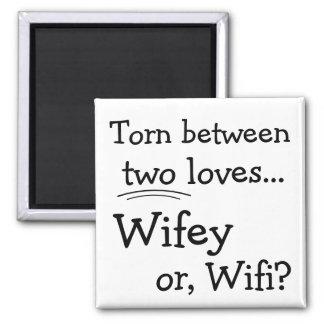Lustiges Wifey oder Wifi Quadratischer Magnet