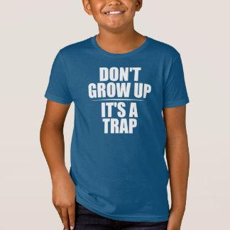 Lustiges Zitat über wachsendes hohes T-Shirt