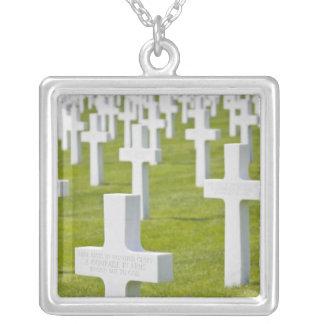 Luxemburg, Hamm. US-Militär-Friedhof Versilberte Kette