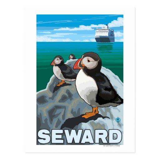 Macareux et bateau de croisière - Seward, Alaska Carte Postale