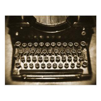 Machine à écrire cartes postales