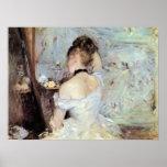 Madame dans la toilette par Berthe Morisot Poster
