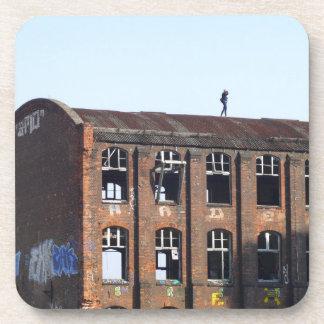 Mädchen auf dem Dach - verlorene Plätze Untersetzer