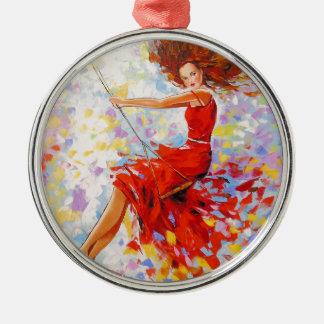 Mädchen auf einem Schwingen Rundes Silberfarbenes Ornament