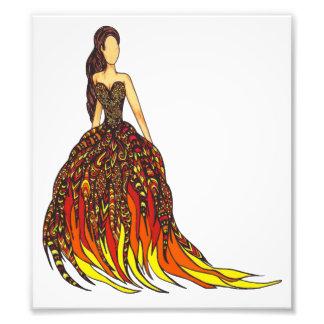 Mädchen auf Feuer-Kleid Kunst Fotos