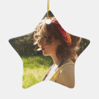 Mädchen Keramik Ornament