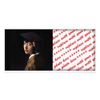 Mädchen mit dem Abschluss-Hut (Perlen-Ohrring) Personalisierte Photo Karte