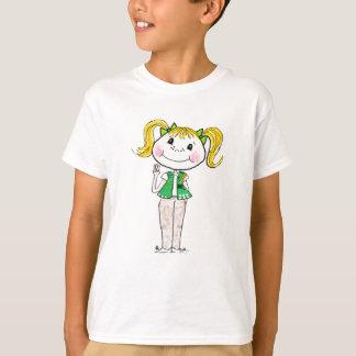 Mädchen-Pfadfinder-Jüngeres, welches das T-Shirt