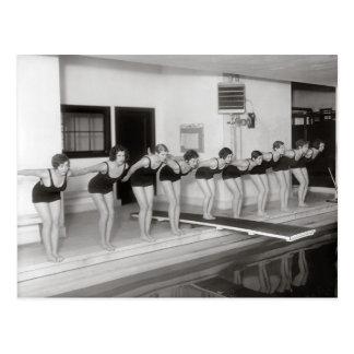 Mädchen-Schwimmteam, 1930 Postkarte