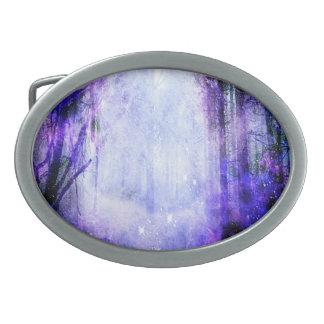 Magisches Portal im Wald Ovale Gürtelschnallen