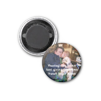 Magnet fertigen addieren Ihr spezielles Foto
