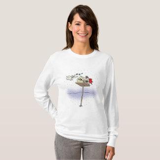 Mai-Frieden kommen zu Ihrem Birdhouse T-Shirt