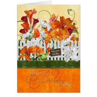 Mai-Geburtstags-Lilien-Garten-Schmetterlinge u. Karte