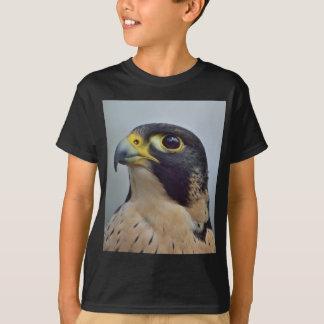 Majestätischer Wanderfalke T-Shirt