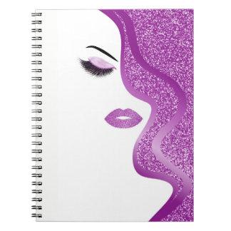 Make-up mit Glittereffekt Spiral Notizblock