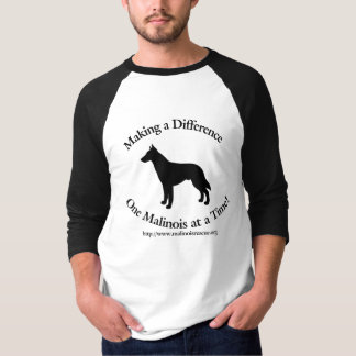 Malinois Rettung stellen einen T-Shirt