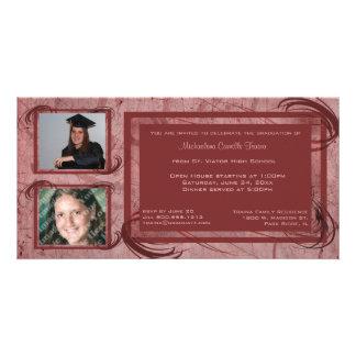 Malvenfarbe verzeichnet Abschluss-Foto-Einladung Photokartenvorlagen