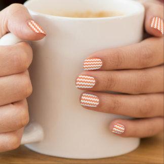 Mandarine-weiße Zickzack Streifen-Bedeckungen Minx Nagelkunst