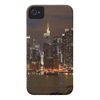 Manhattan-NachtSkyline iPhone 4 Cover