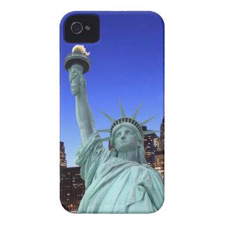 Manhattan-Skyline und das Freiheitsstatue iPhone 4 Hülle