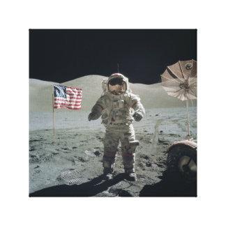 Mann auf dem Mond-Leinwand-Druck Leinwanddruck