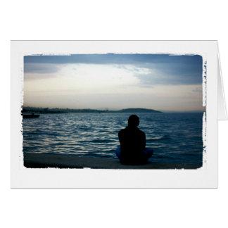 Mann durch Ozean Gruß-Karte Grußkarte