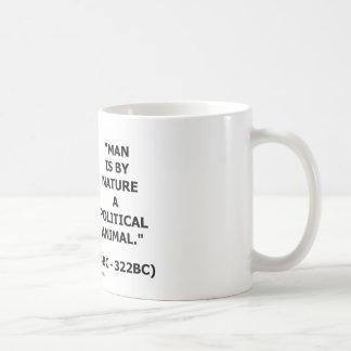 Mann ist von Natur aus ein politisches Tier Tasse