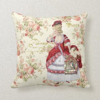 Marie Antoinette Beige Floral Pillow クッション Kissen