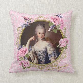 Marie Antoinette Pink Floral Pillow クッション Kissen