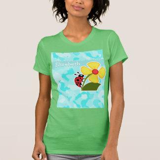 Marienkäfer auf Celeste Camouflage T-Shirt