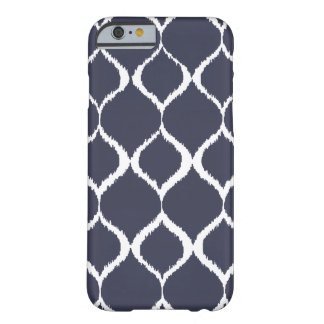 Marine-Blau geometrisches Ikat Stammes- Barely There iPhone 6 Hülle