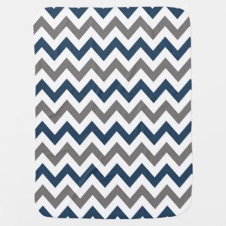 Marine-Blau und graue Zickzack Baby-Decke Puckdecke