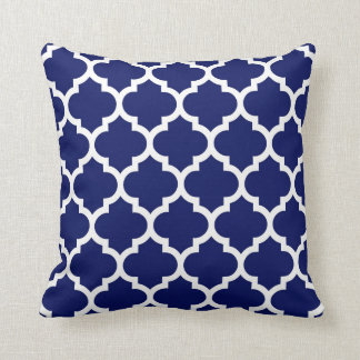 Marine-Blau-weißes Marokkaner Quatrefoil Muster #5 Kissen