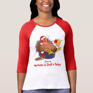 Marinieren Sie und füllen Sie die Türkei an (Bier) T-Shirt