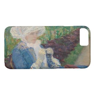 Mary Cassat- Lydia, der im Garten häkelt iPhone 7 Hülle