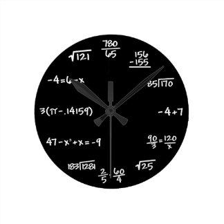 Mathe-Tafel-Uhr - lösen Sie die Zeit Runde Wanduhr