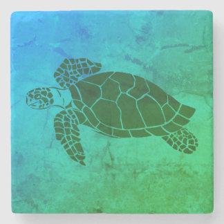 Meeresschildkröte 2 auf blauem und grünem steinuntersetzer
