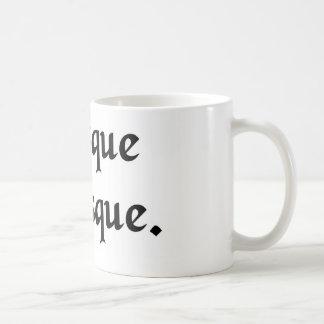 Mehr oder weniger tasse